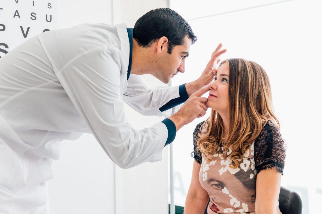 Opthalmologist checking for Anterior Uveitis