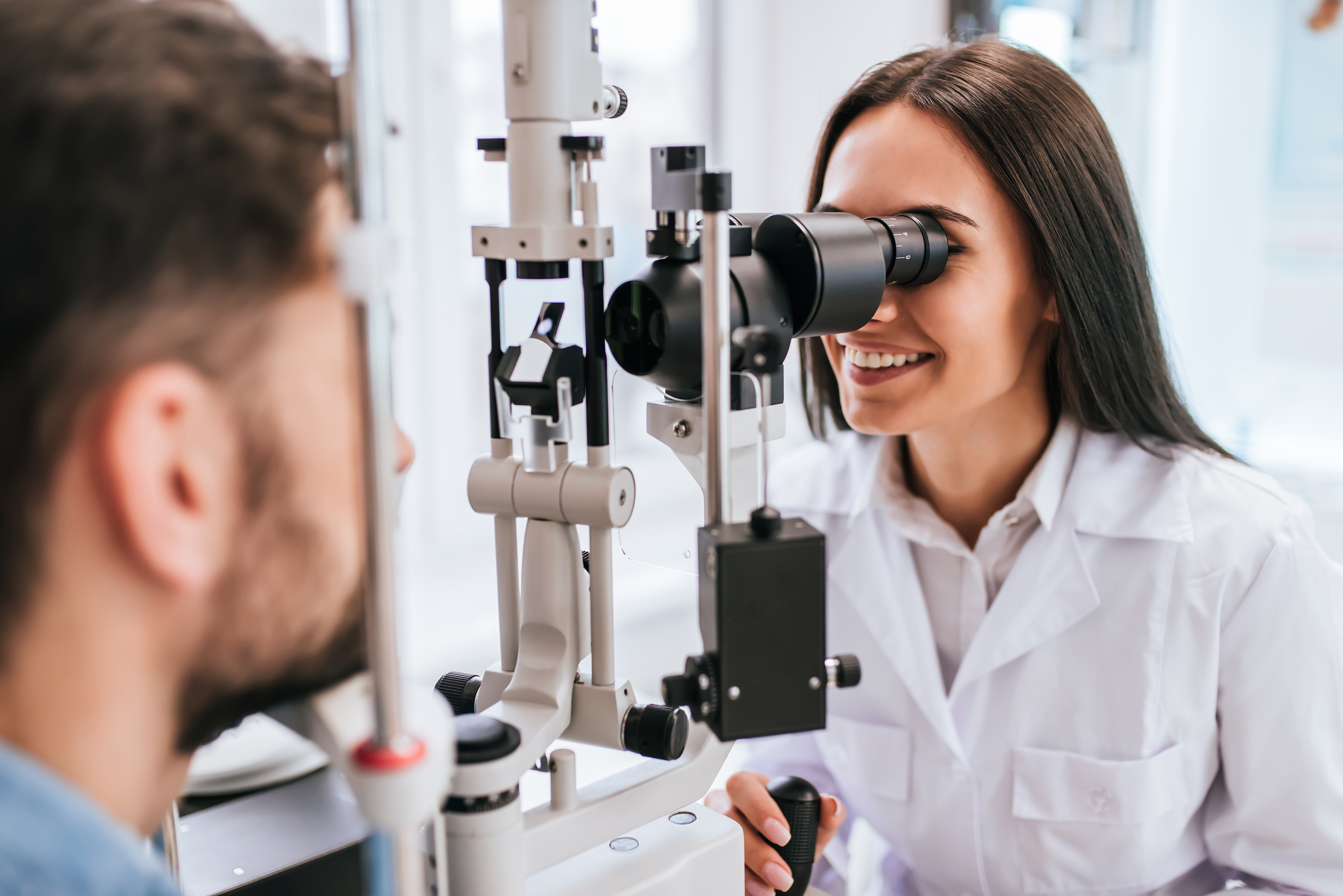 How To Find The Best Ophthalmologist Near Me?