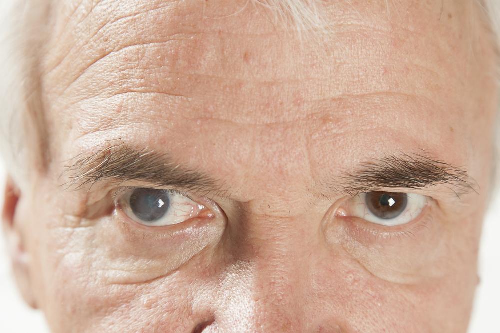 cataract surgeons near me