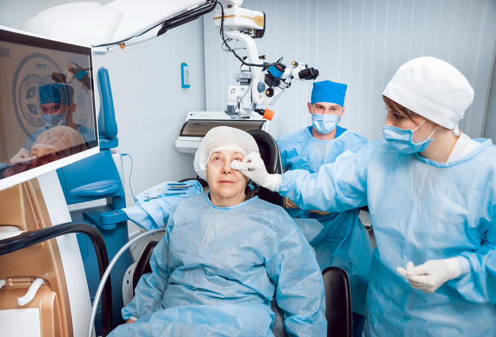 Can Cataract Surgery Have Side Effects?